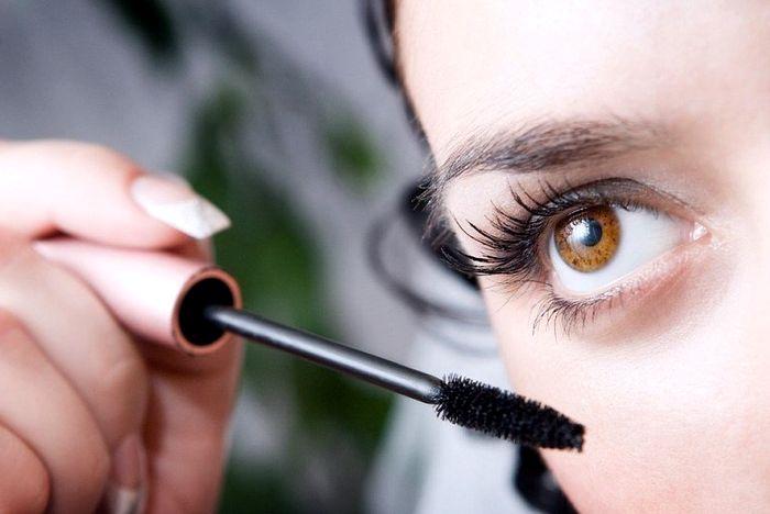 Аллергия на косметику на лице 8